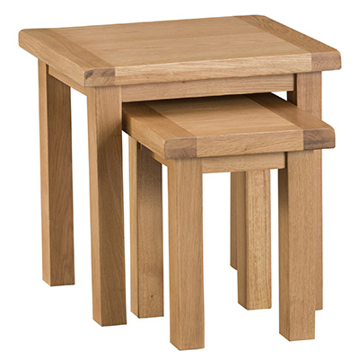 Windsor Country Nest of 2 Tables
